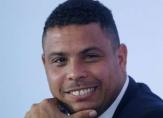 الظاهرة رونالدو يكشف عن مرشحه للفوز بجائزة الكرة الذهبية