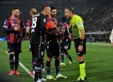 تدخل إيجابي لتقنية الفيديو في مباراة إي سي ميلان-بولونيا وبايرن-هوفنهايم
