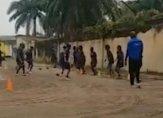منتخب الكونغو للسيدات يخوض التمارين في الشارع