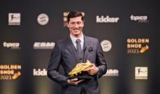 ليفاندوفسكي يفوز بجائزة الحذاء الذهبي