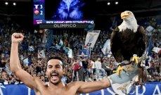 بيدرو يحتفل مع النّسر أولمبيا