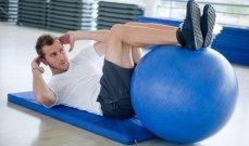 اهمية استخدام الكرة الطبية في التمارين الرياضية