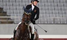دموع الخيالة الالمانية تنهمر بعد رفض حصانها القفز