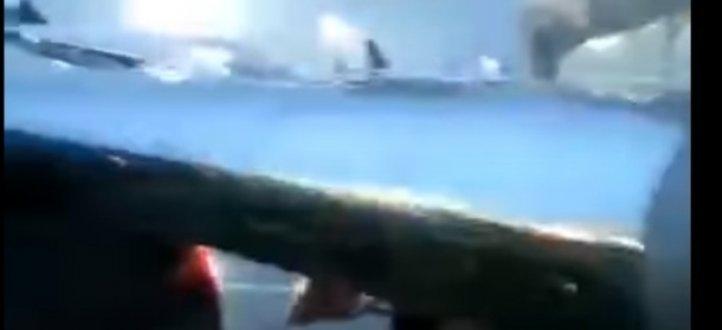 طائرة فريق كازاخستاني تصطدم بسيارة في المطار