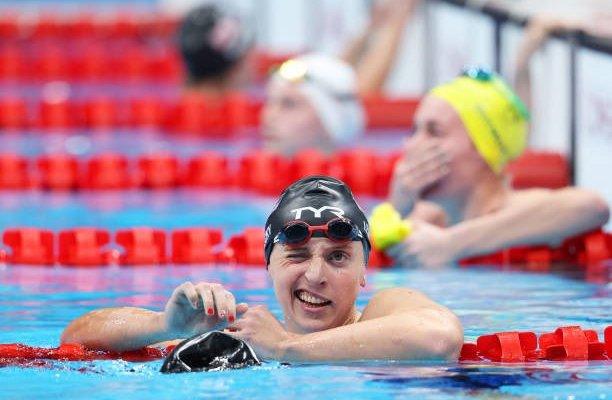 أولمبياد طوكيو - سباحة: الأميركية كاتي ليديكي تفوز بسباق 1500 متر