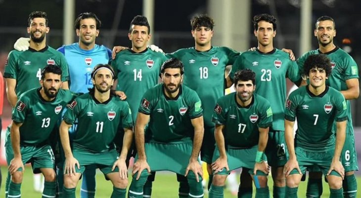 شجار بين لاعبي منتخب العراق والجماهير