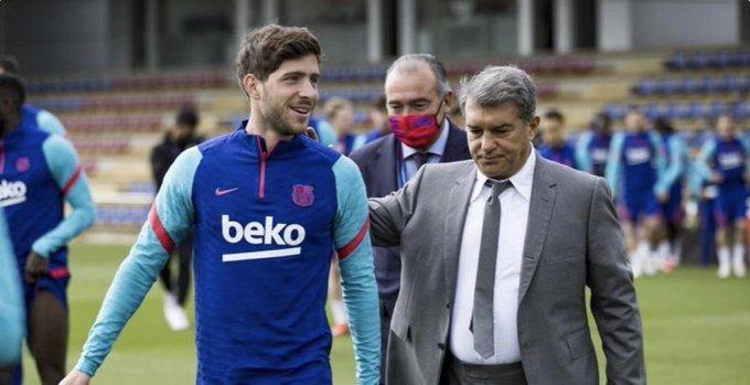 برشلونة على اعتاب تجديد عقد روبرتو