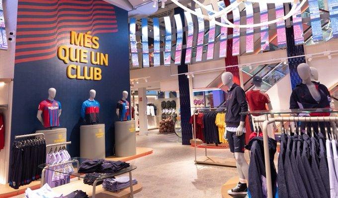 متجر برشلونة يفتح مجدداً