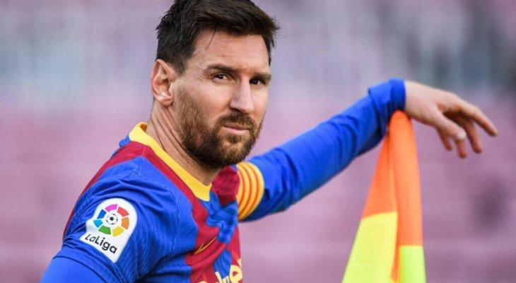 برشلونة يريد الاعلان عن بقاء ميسي الخميس