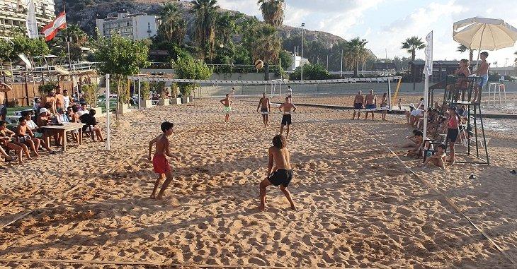 دورة نادي هوليدي بيتش في الكرة الطائرة الشاطئية