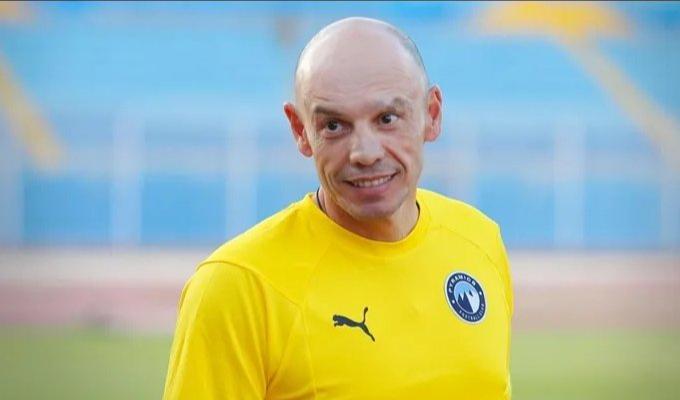 بيراميدز المصري يقيل مدربه